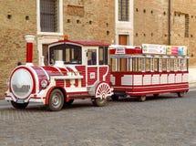 Urbino - Śmieszna parowa lokomotywa Zdjęcia Stock