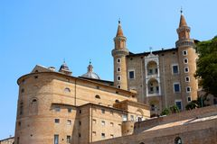 Urbino: palace de los duques fotografía de archivo