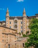 Urbino, stad en de Plaats van de Werelderfenis in het gebied van Marche van Italië royalty-vrije stock afbeeldingen