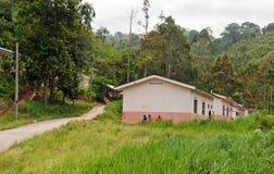 Ureinwohner-Dorf (Orang-Utan Asli). Lizenzfreies Stockbild