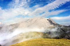 Urkiola mountain range with mist Royalty Free Stock Photos