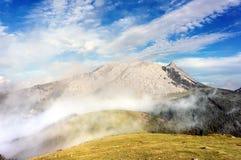 Urkiola mountain range with mist Royalty Free Stock Photos