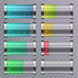 Urladdnings- och fullständigt laddat kulört batteri Arkivbild
