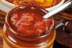 Urna di salsa fresca Immagini Stock