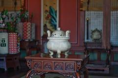 Urna no palácio de Hwaseong Haenggung foto de stock