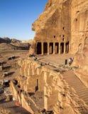 Urnan tom är de mest fascinerande allra kungliga tomsna, Jordanien royaltyfri bild