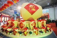 Urnas tradicionales chinas del licor Fotos de archivo libres de regalías
