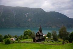 Urnes ударяет церковь, Ornes, Норвегию стоковые фото