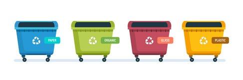 Urnes pour les déchets de papier de produits, de déchets alimentaires, en verre et de plastique Image libre de droits