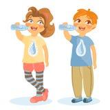 Urocza, śliczna woda pitna od butelek, dzieciaków, dziewczyny i chłopiec, ilustracja wektor
