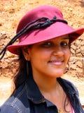 urocza dziewczyna czerwony kapelusz Obrazy Royalty Free