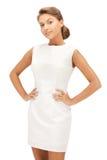 Urocza kobieta w eleganckiej sukni Obrazy Stock