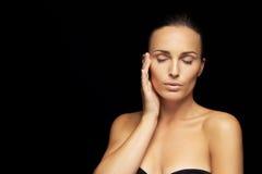 Urocza kobieta z zdrową skórą Zdjęcie Royalty Free