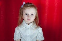 Urocza mała dziewczynka - zbliżenie portret Obraz Stock