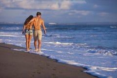 Urocza para na plaży. fotografia stock