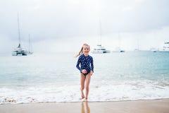 urocza plażowa dziewczyna zdjęcie stock