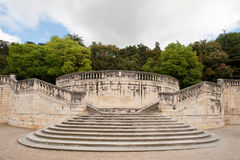 Uroczyści schodki w parku w Klasycznym Romańskim stylu Obrazy Royalty Free