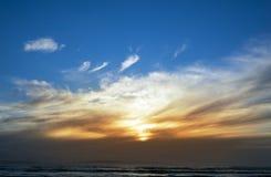 Uroczy niebo nad plażą Obraz Stock