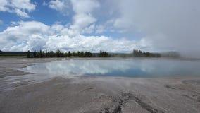 Uroczysta Graniastosłupowa wiosna w Yellowstone parku narodowym zbiory