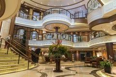 Uroczysta wejściowa foyeru MS królowa Elizabeth Fotografia Stock