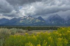 Uroczyste Teton burzy chmury obraz royalty free