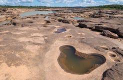 Uroczystego jaru zadziwiać skała w Mekong rzece, Ubonratchathani Obrazy Royalty Free