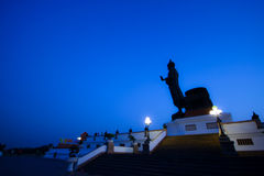 Uroczysty Buddha wizerunek zdjęcie stock