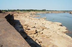 Uroczysty jar Siam z Mekong rzeką jest imię Sam Phan Bok przy Ubon Ratchathani Tajlandia (Trzy tysiące dziur) Zdjęcie Royalty Free
