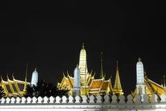 Uroczysty pałac Bangkok nocą Zdjęcia Royalty Free