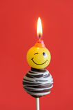 urodzinowego torta czekoladowy wystrzału czerwieni temat Obrazy Stock