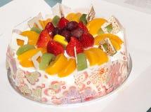 urodzinowego torta owoc Zdjęcie Royalty Free