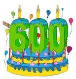 600 Urodzinowy tort Z liczbą Sześćset świeczek, Świętuje Sześć Hundredth rok życie, Kolorowych balony i Czekoladowego narzut, Obrazy Royalty Free
