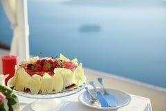 Urodzinowy tort z owoc Zdjęcia Stock