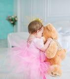 Urodziny mała dziewczynka zdjęcie royalty free