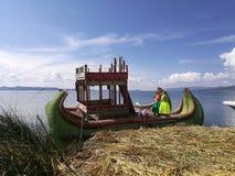 Uros在的喀喀湖在普诺 免版税图库摄影