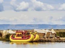 Uros Islands no lago Titicaca no Peru foto de stock royalty free