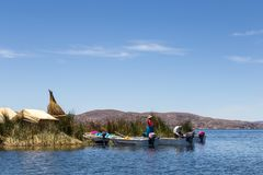 Uros Titino Floating Islands op Titicaca-Meer royalty-vrije stock foto's