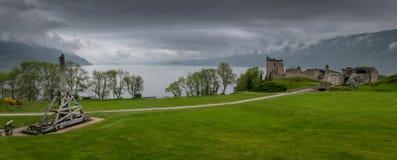 Urquhart城堡和弹射器 库存照片