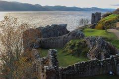 Urquhart城堡废墟从上面 库存照片