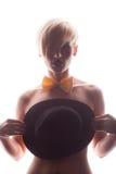 Ursnygg naken kvinna med hatten som är främst av bröstet Royaltyfri Foto