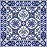 Ursnygg sömlös modell från tegelplattor och gränsen Marockanskt portugisiskt, Azulejo prydnader Arkivfoton