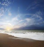 ursnygg sommartid för strand Arkivbild