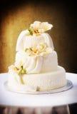 ursnyggt bröllop för cake arkivfoto