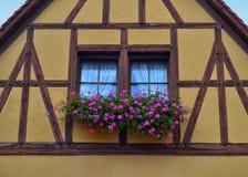 Ursnyggt korsvirkes- hus i Tyskland Royaltyfri Foto