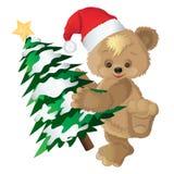 Urso bonito em um tampão vermelho com o abeto do ` s do ano novo Fotografia de Stock Royalty Free