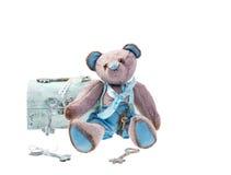 Urso de peluche com chaves Imagem de Stock