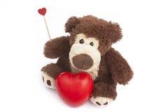 Urso de peluche com coração Fotos de Stock Royalty Free