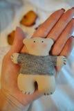 Urso de peluche feito a mão de matéria têxtil Fotos de Stock