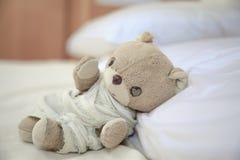 Urso de peluche pequeno bonito Fotos de Stock Royalty Free
