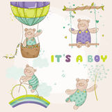 Urso do bebê ajustado - cartão da festa do bebê Imagem de Stock